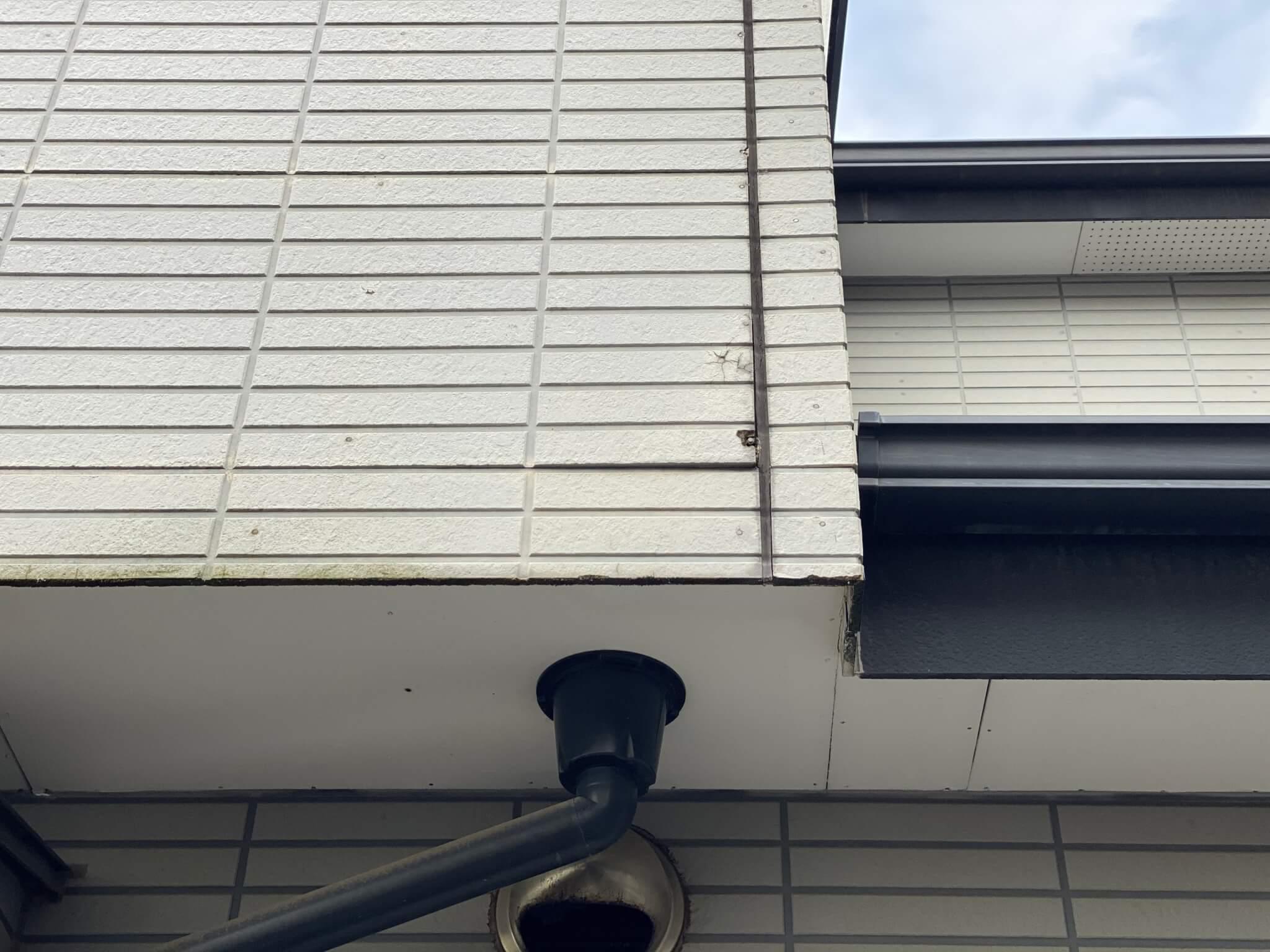 外壁塗装・屋根塗装|川口市|アクセントカラーが映える「素敵な家」